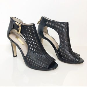 Louise Et Ce   Black Cut Out Perforated Heels Sz 6